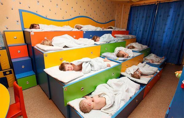 Многоярусная кровать для малышей