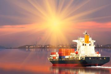 Страхование морских перевозок