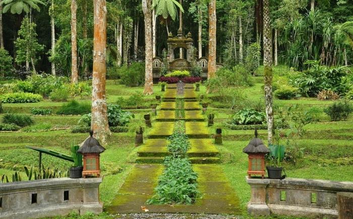 Старейший Ботанический сад