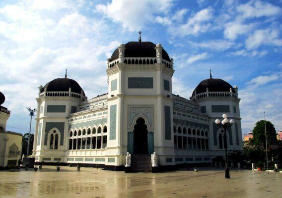 Великая мечеть Медана