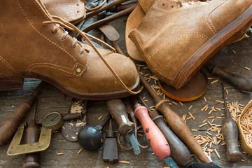 С чего начать бизнес по пошиву обуви