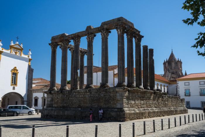 Древний город Эвора