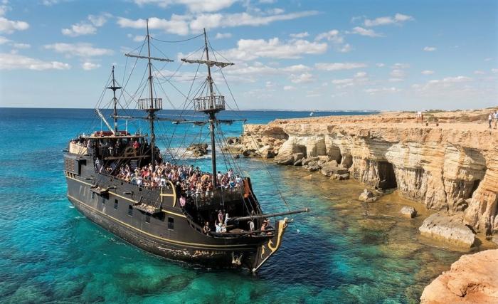 Прогулки на пиратском корабле