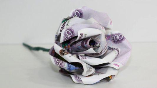 Как заработать 500 рублей в день