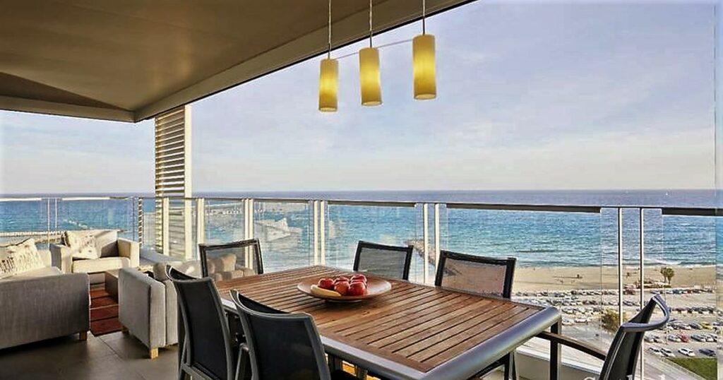 Апартаменты возле моря