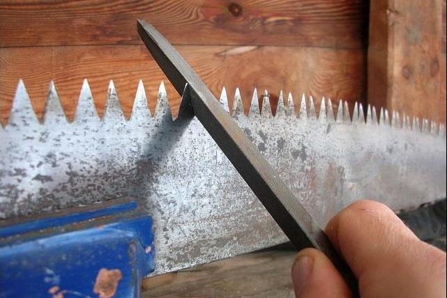 Как точить ножовку
