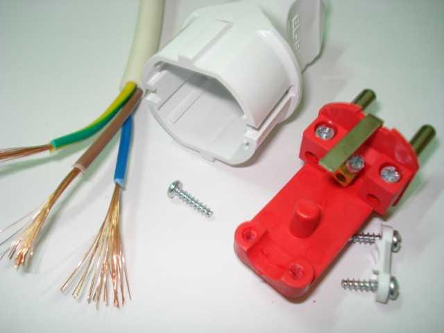 Как заменить вилку на кабеле