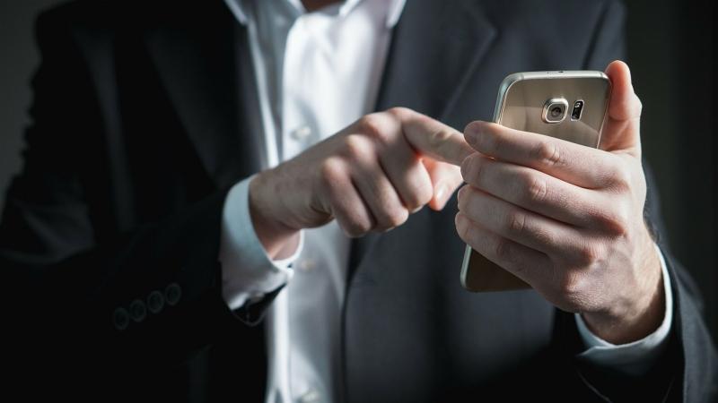 Эксперт объяснил, как узнать, что ваш смартфон взломан