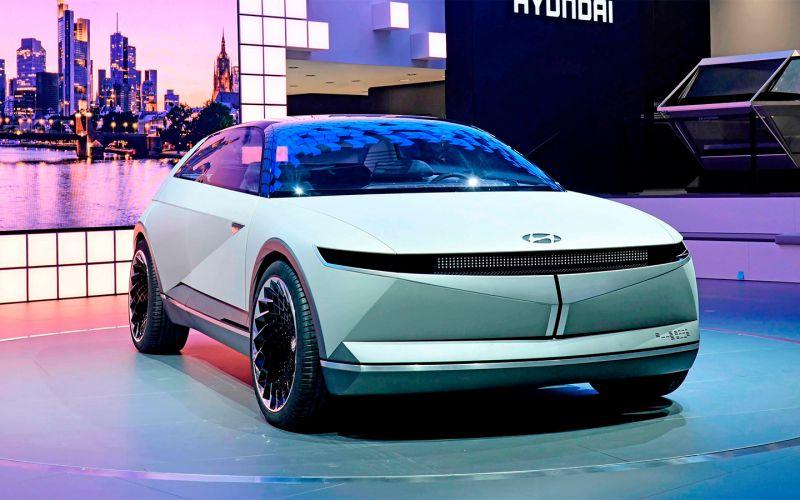 Hyundai привезет в Россию новый электрокар
