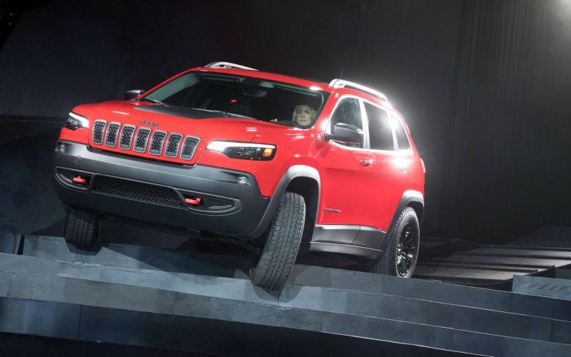 Jeep Cherokee покинул Россию