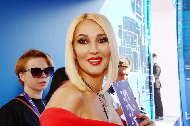 Кудрявцева попросила фанатов о помощи из-за болезни дочери