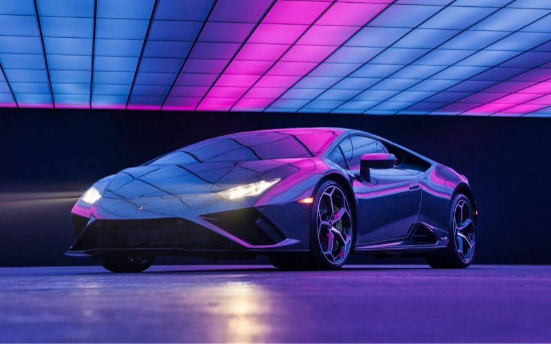 Lamborghini и Lady Gaga разыгрывают суперкар Huracan