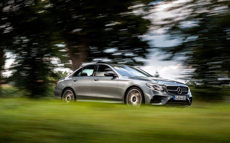 Mercedes-Benz отправит в ремонт в России более 4 тысяч автомобилей