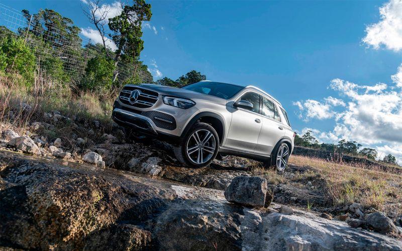 Mercedes отзовет 7 тыс. кроссоверов в России из-за ремня безопасности