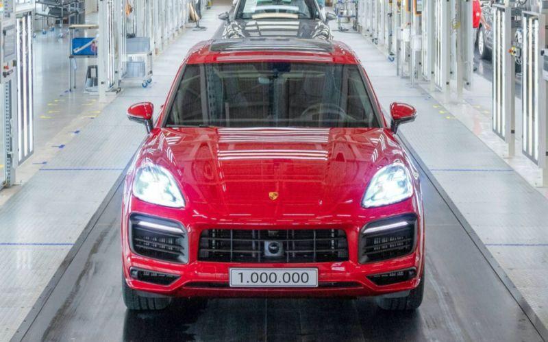 Porsche выпустил миллионный Cayenne