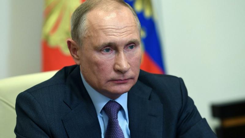 Путин призвал глав регионов соблюдать требования безбарьерной среды