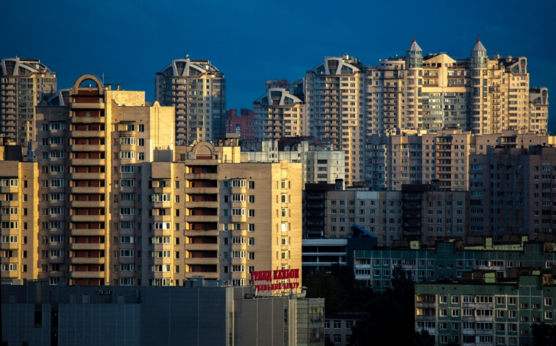 Россияне назвали покупку жилья лучшим способом вложения денег