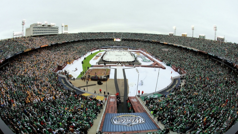 СМИ: НХЛ планирует провести два матча под открытым небом на озере Тахо