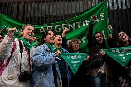 В Аргентине разрешили аборты