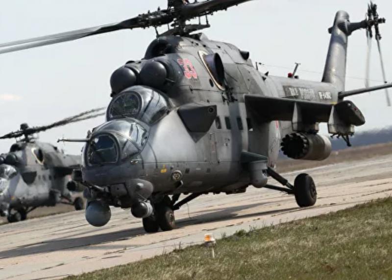 В Сирии отечественный МИ-35 едва не уничтожил американский AH-64 Apache